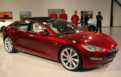Tesla clamps down on drivers who fail to use Autopilot correctly