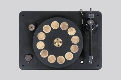 7.	Audio: Fern & Roby Montrose Turntable