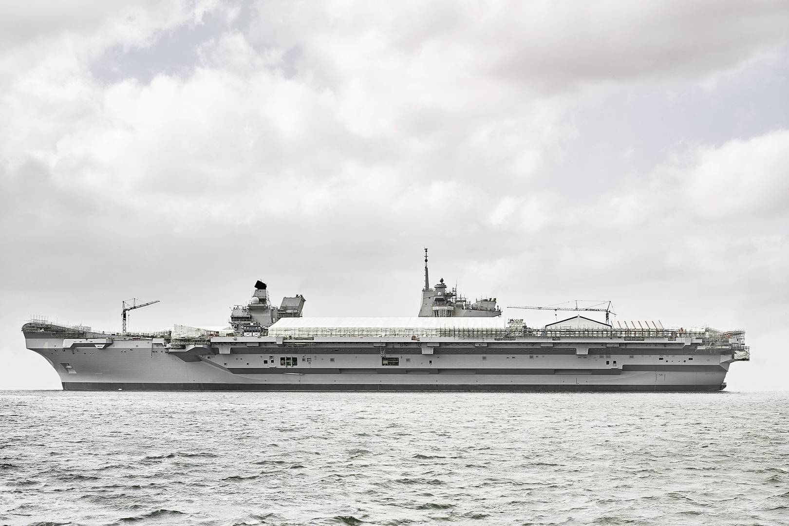 Queen Elizabeth-class aircraft carriers: inside the Royal Navy\'s ...