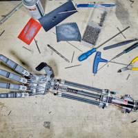 1. Robot arm