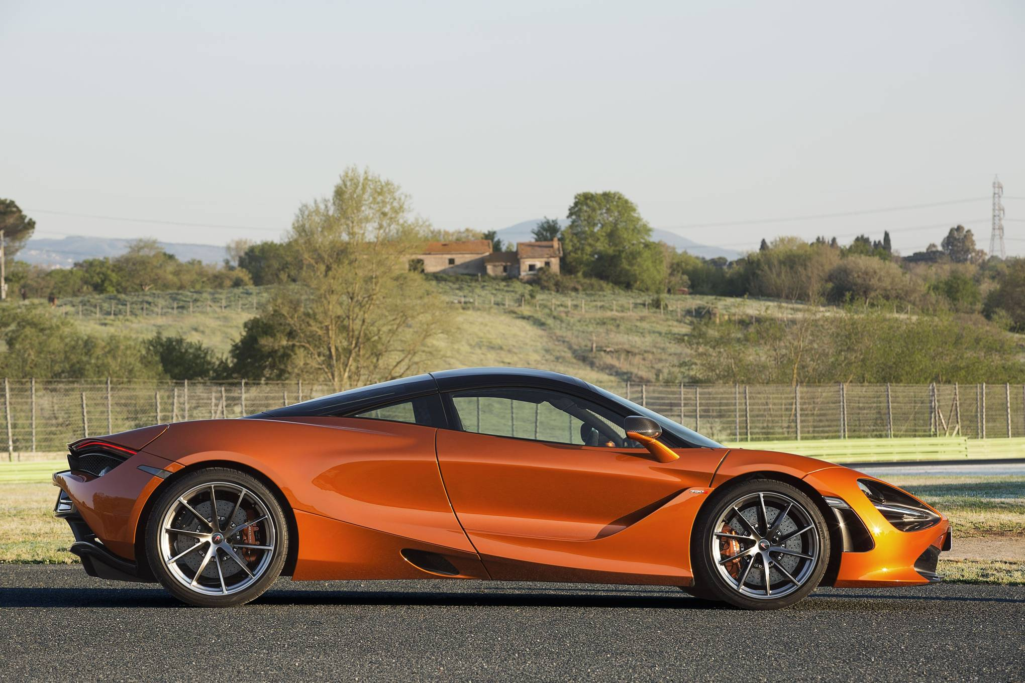 Mclaren Price 2017 >> McLaren 720S review: more theatre than a Ferrari | WIRED UK