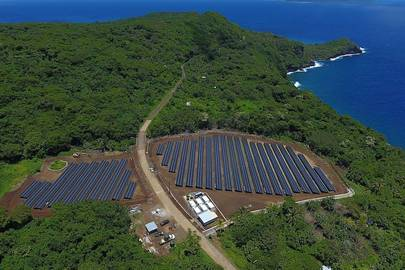 This island is powered entirely by solar panels and batteries thanks to SolarCity