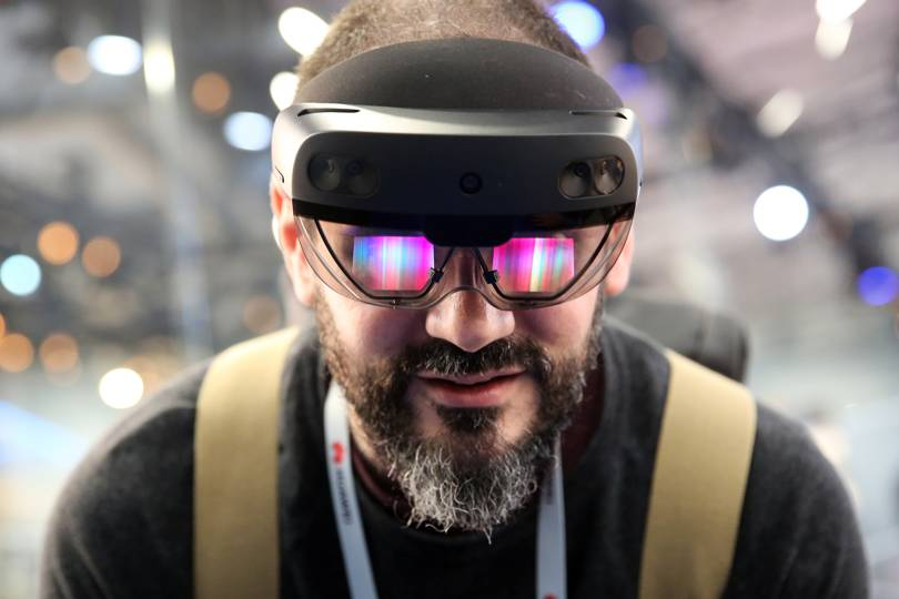 1f2f327e0838 How HoloLens 2 stacks up against cheaper mixed reality headsets | WIRED UK