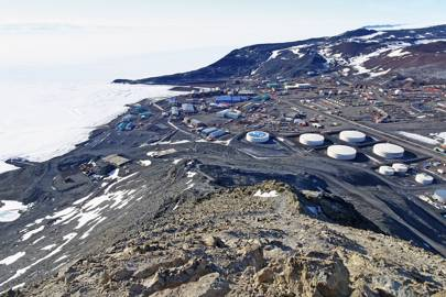 The McMurdo Station research base is on the tip of Ross Island and can accommodate 1,200 people