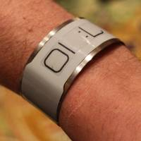 CST 01 E Ink watch