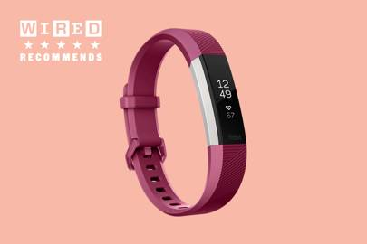 Fitness tracker: Fitbit Alta HR