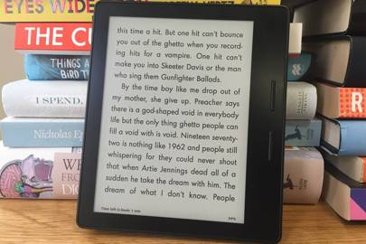 Kindle Oasis review: is it better than a book?