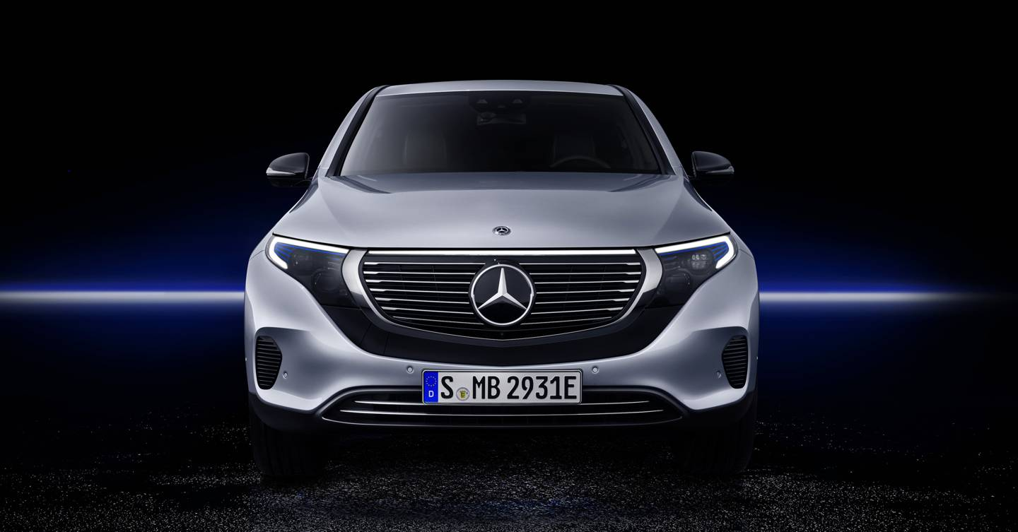 the mercedes eqc electric car shows the ev race is on. Black Bedroom Furniture Sets. Home Design Ideas