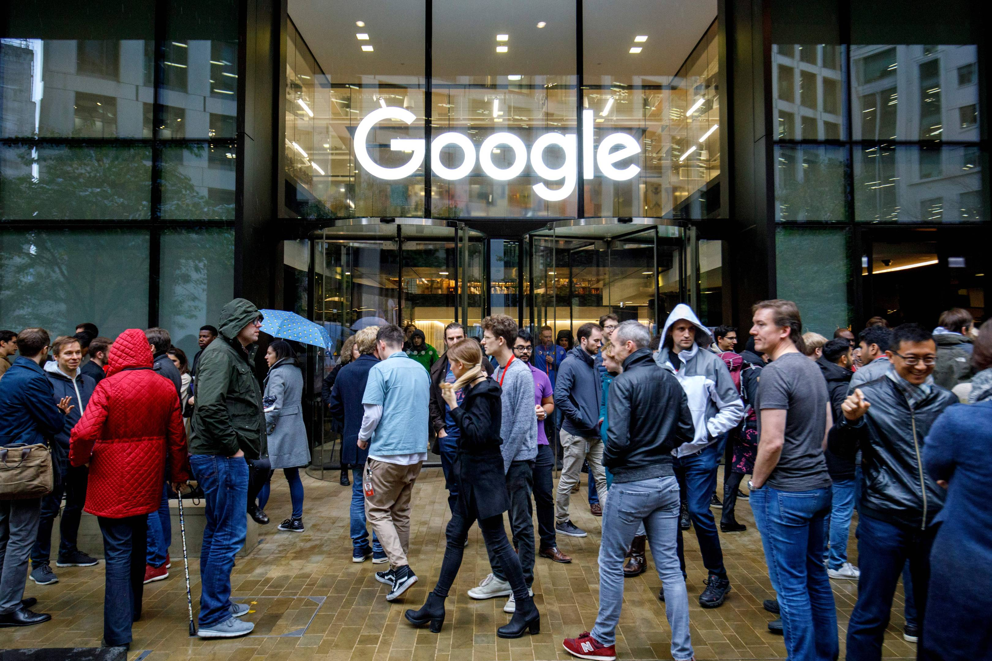Here are the gender pay gaps at Apple, Facebook and Google