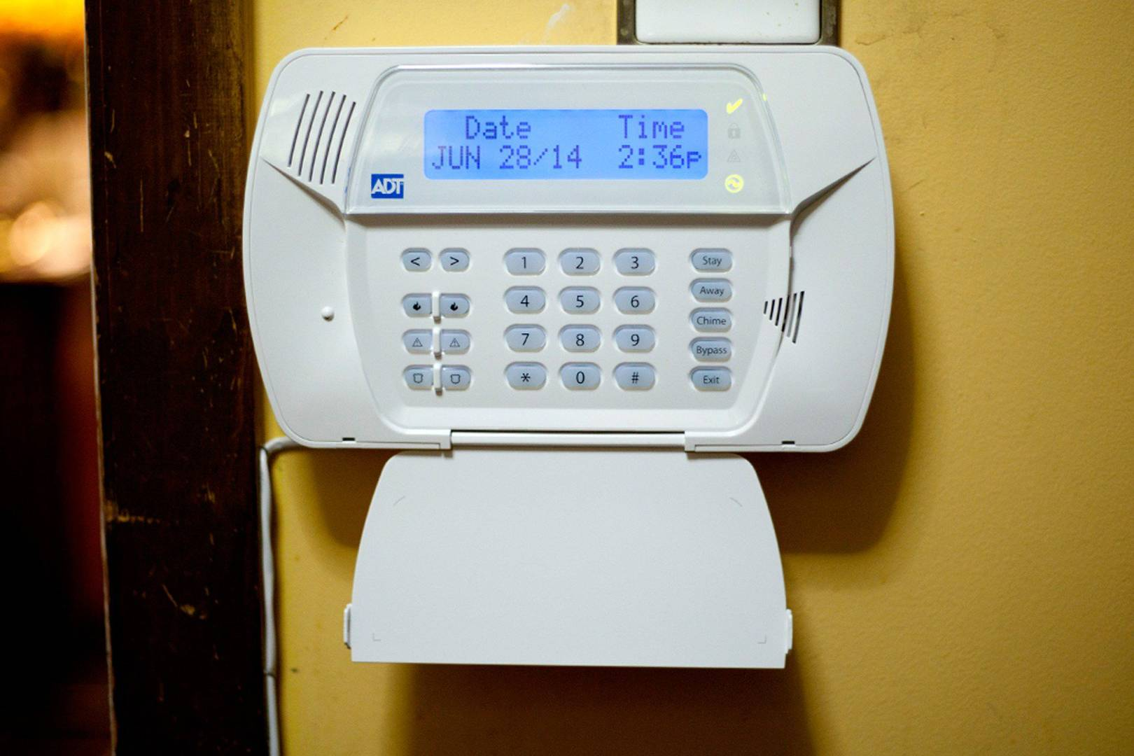 Its easy for thieves to hack your home alarm system wired uk solutioingenieria Choice Image