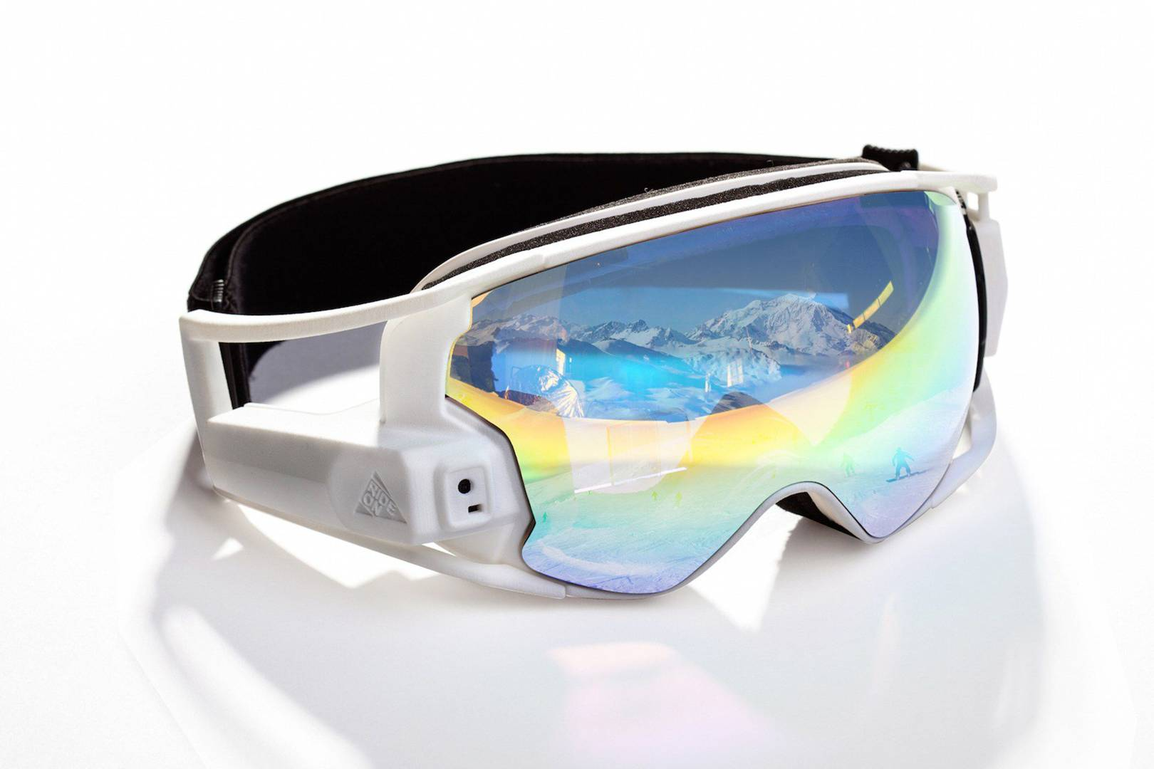 14a0044ba76 Hands-on with RideON s AR skiing goggles