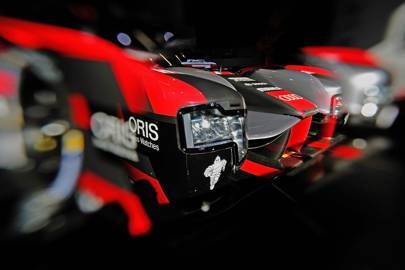 The lighting: The R18's headlights are efficient primary LED bulbs combined with laser modules