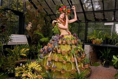 Self-watering dress