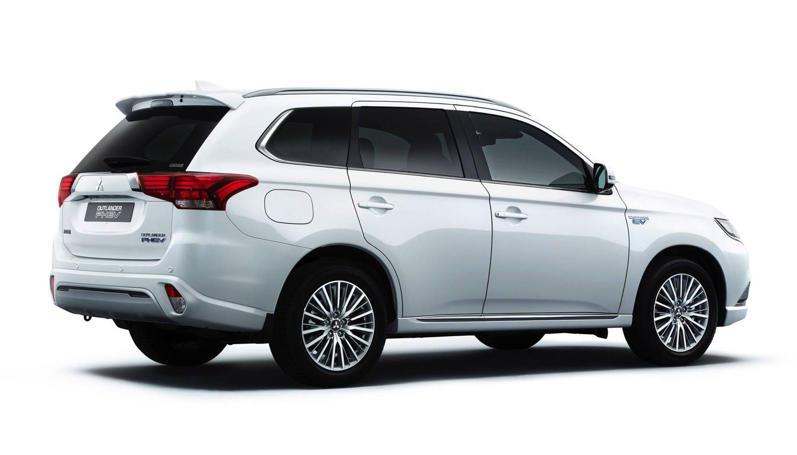Mitsubishi Outlander PHEV 2019 review: This isn't the hybrid SUV you