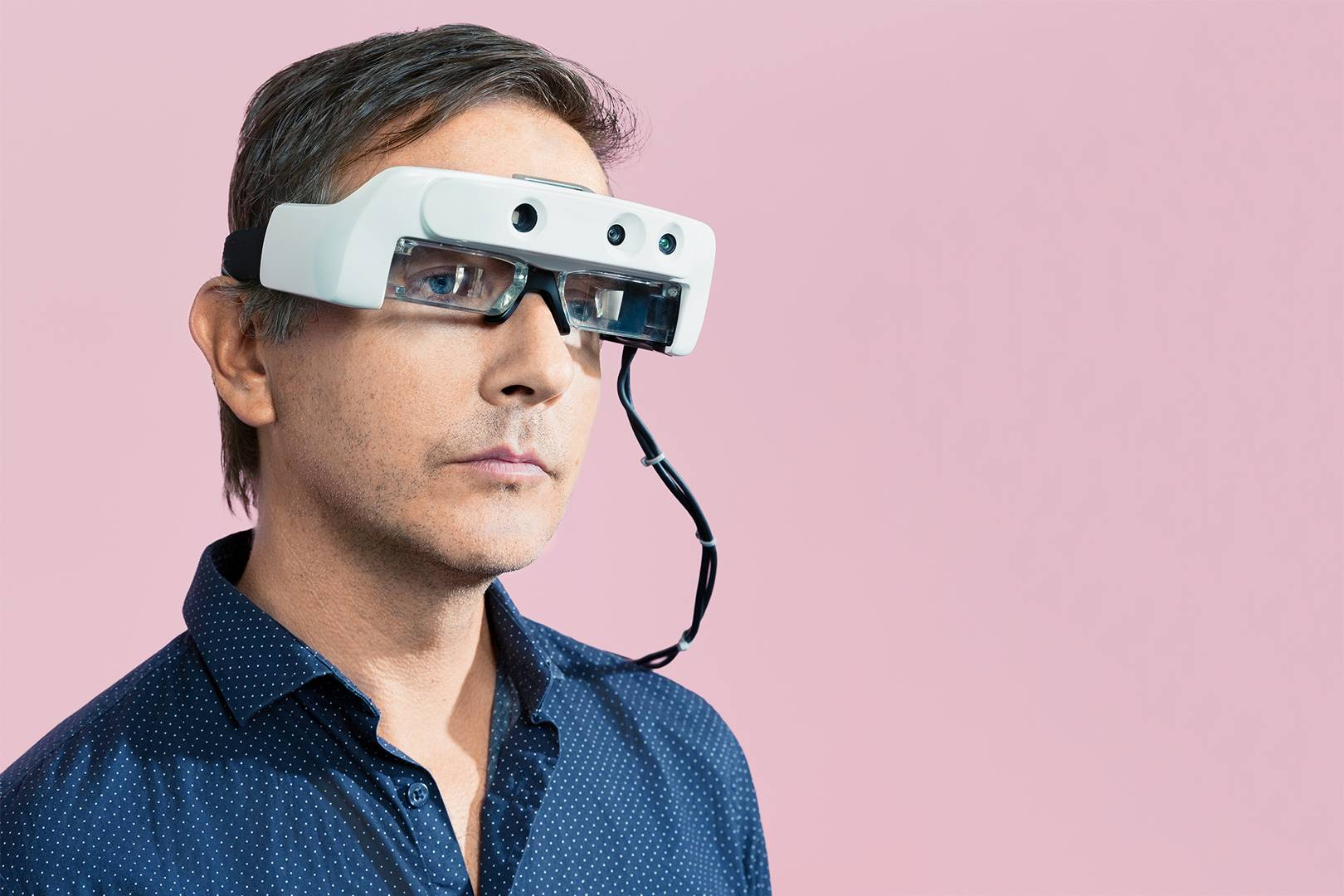 42d898f743 These augmented-reality glasses are helping the blind see again ...