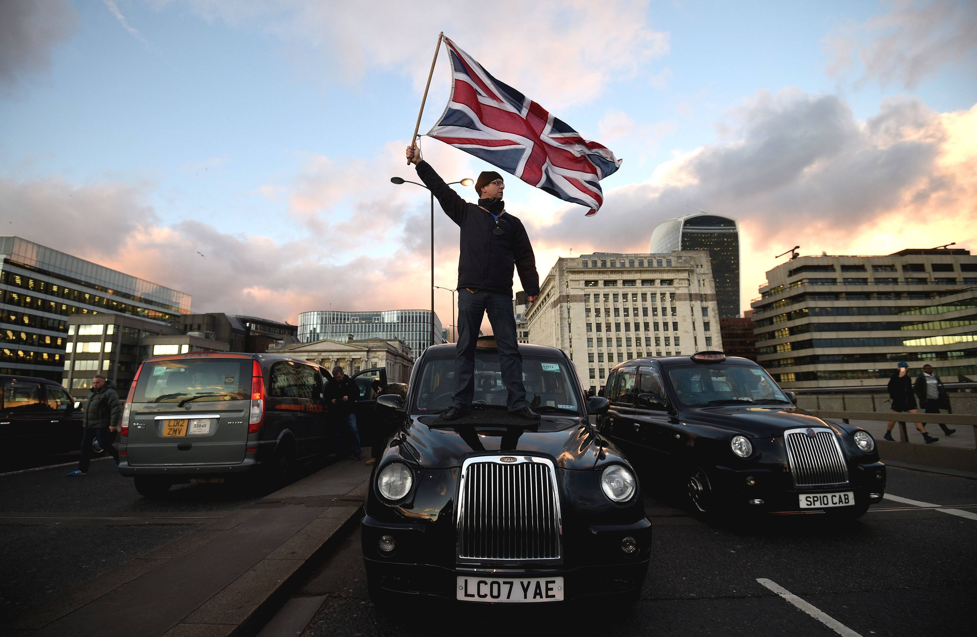 Like the gilets jaunes, London's black-cab and Uber drivers