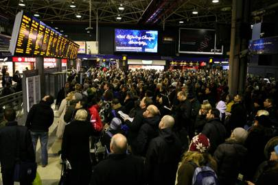 Major engineering work at London Bridge is likely to cause disruption on London commuter services until January 2018