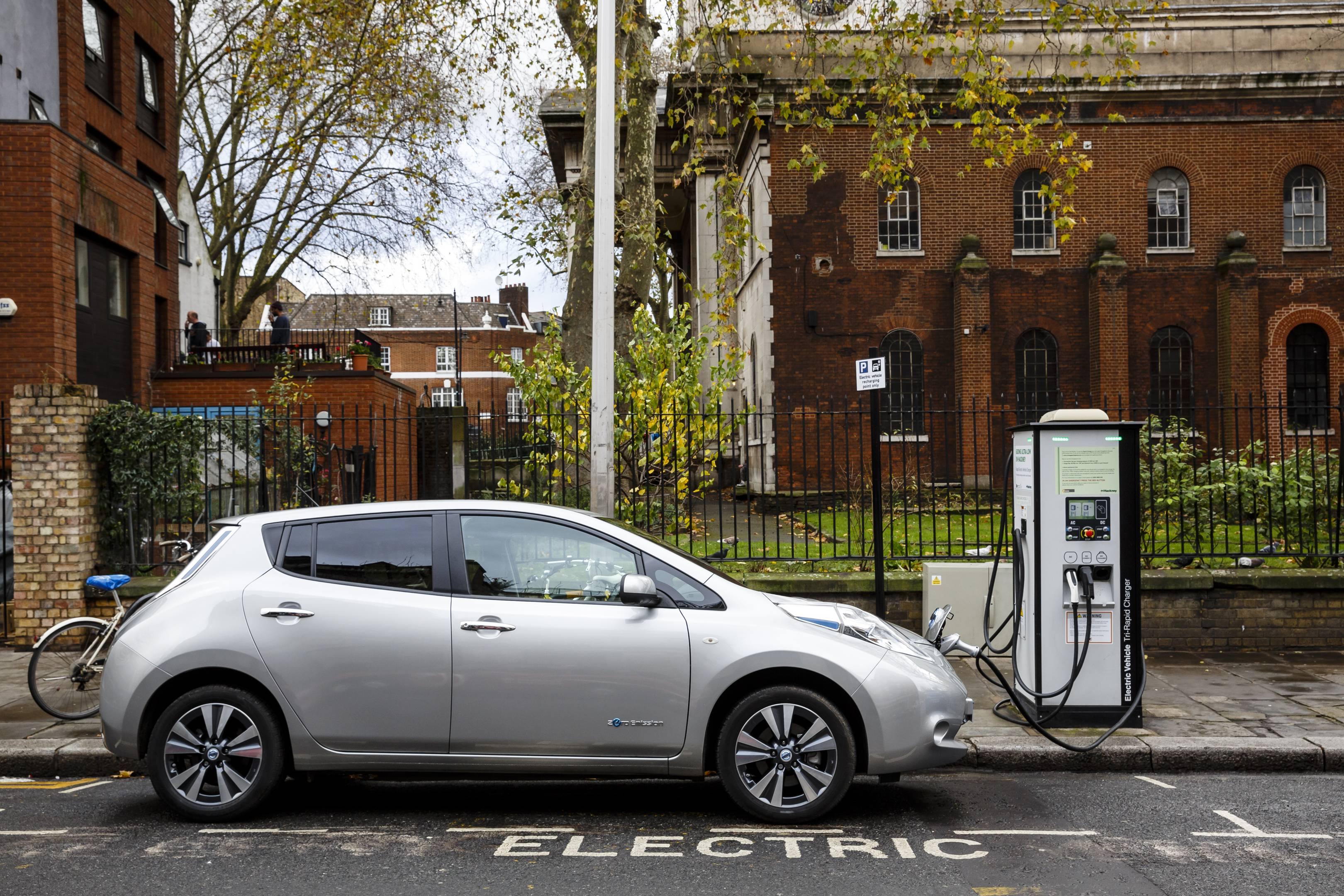 How The Uk S Energy Grid Will Cope With Electric Car Revolution Wired