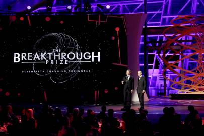 Breakthrough Prizes awarded to research into black holes, cancer and the origins of life - Technology Updats