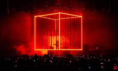 Animations played across the cube, with Prydz inside