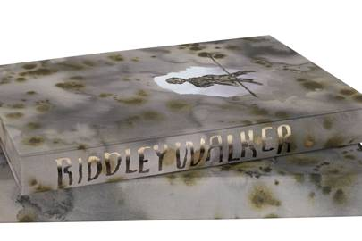 Apocalyptic masterpiece Riddley Walker gets stunning Folio Society re-release - Technology Updats