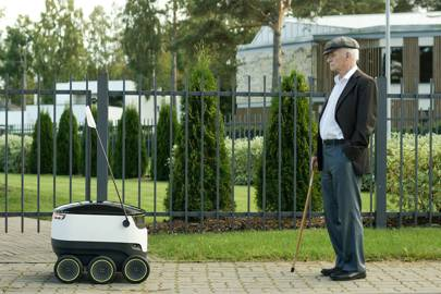 Starship partners with Just Eat to bring its delivery robots to the UK