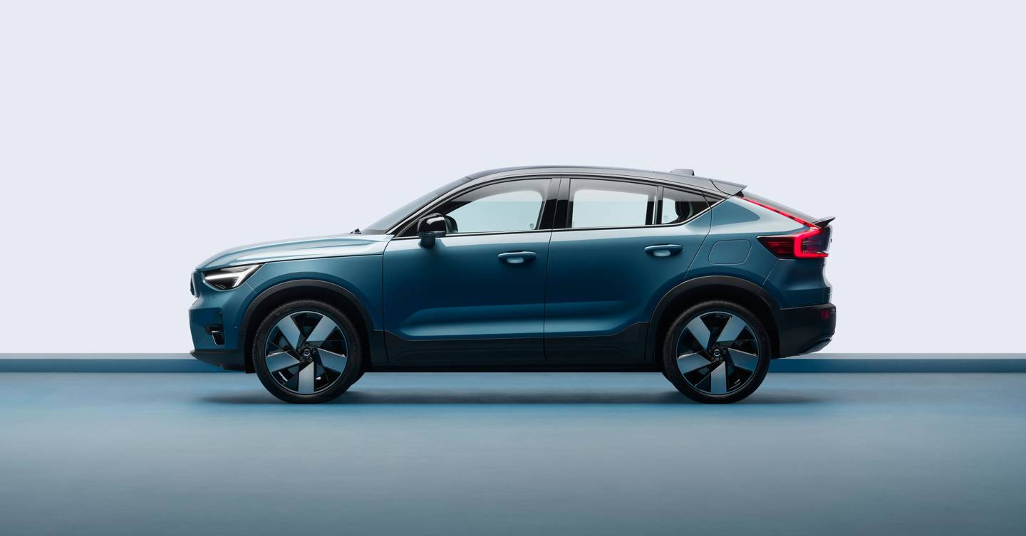 Volvo's C40 Recharge is an electric car that's weirdly stuck in the past