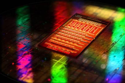 BM's Silicon Nanophotonics chip technology