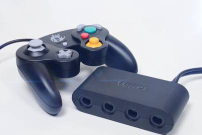 Smash Bros branded GameCube controllers coming to Wii U