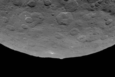 Nasa spots 'intriguing' pyramid on dwarf planet Ceres