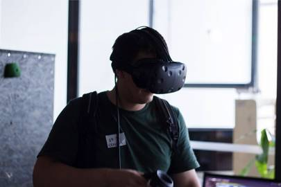 Wireless HTC Vive prototype to be shown this fall