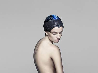 A colour-changing headdress created by The Unseen in collaboration with Swarovski