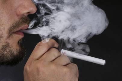 E-cigarettes should be 'prescribed by NHS' to help smokers quit