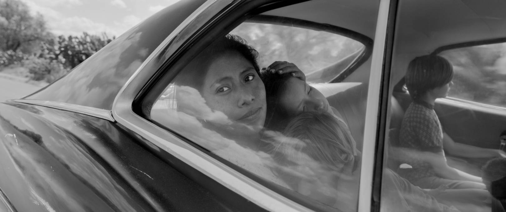 Roma Review Alfonso Cuaron S Latest Puts Netflix In The Running For