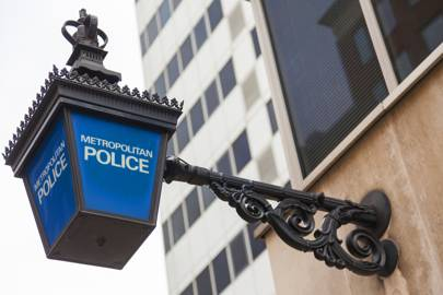 Metropolitan Police lamp sign