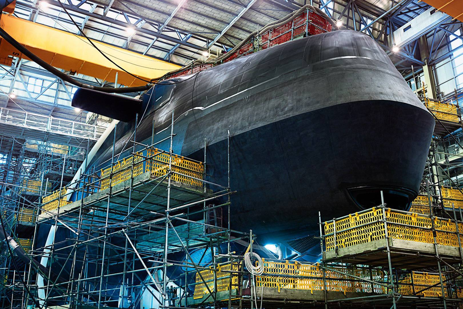Nuclear submarine that can remain underwater for 25 years