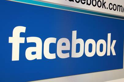 Facebook and Twitter privacy policies like 'engaging with Shakespeare'