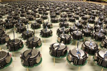 A Kilobot swarm up close
