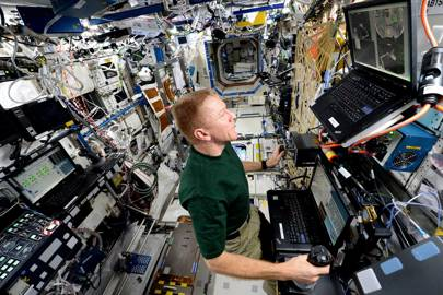 Peake working on the ISS