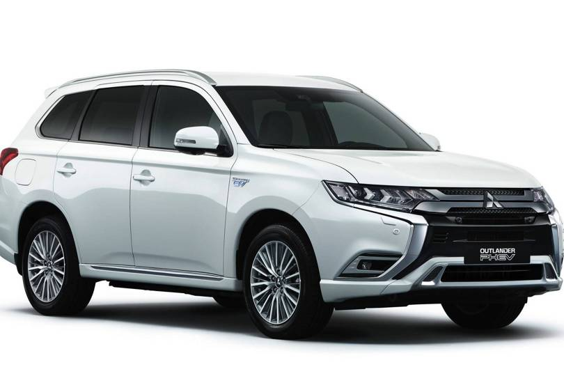Mitsubishi Outlander Phev 2019 Review This Isn T The Hybrid Suv You Ve Been Waiting For Wired Uk
