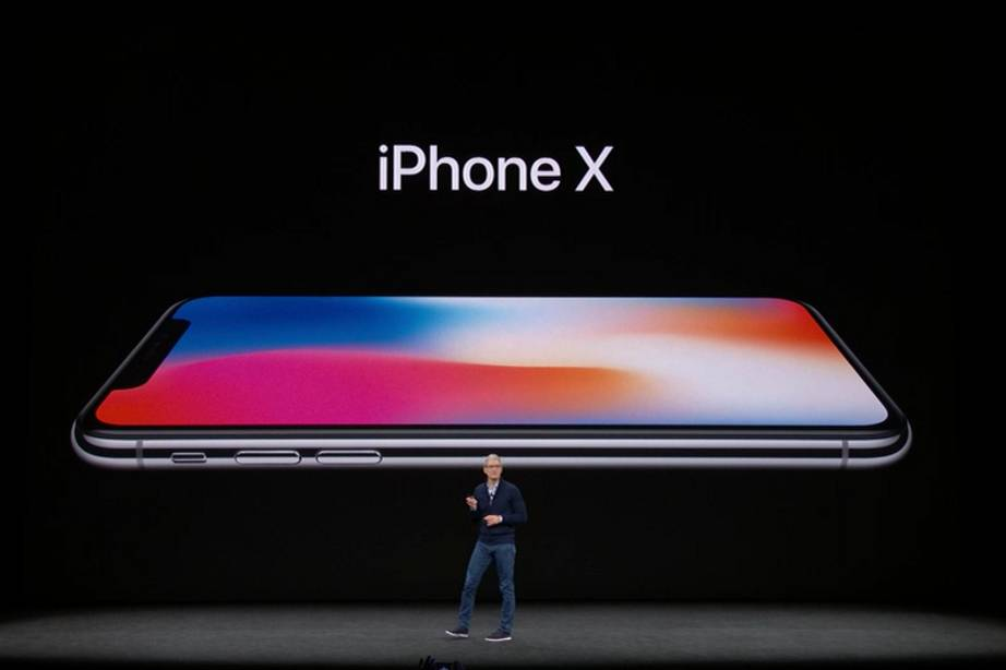 Risultati immagini per iphone x wired