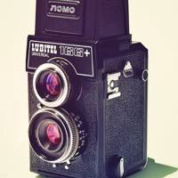 Twin-Reflex returns