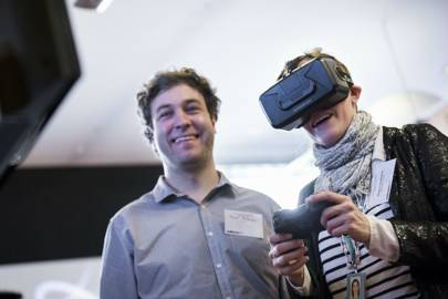 Virtual and augmented reality devices to be $4bn market in 2018