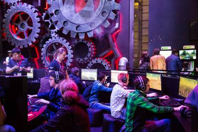 London's Legends of Gaming pits top YouTubers in eSports combat