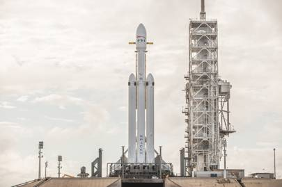 The SpaceX Falcon Heavy awaits its first launch
