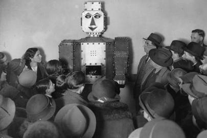 Selfridge's fortune-telling robot, 1934, only told customers what the bacteria told it to...