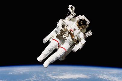 Unusual, challenging problems in performing emergency medical procedures during space missions