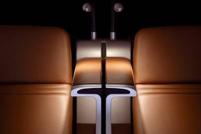 Acumen's Aura business-class seats