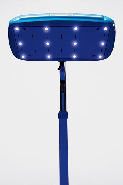 Lightsaver: D-Rev's brilliance jaundice lamp