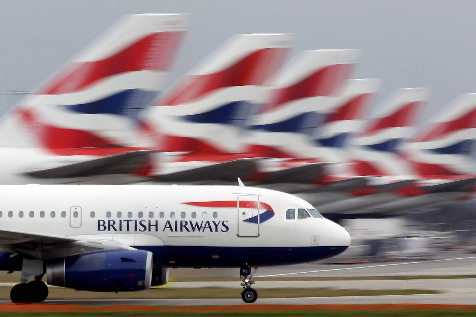 UK laptop flight ban could be lifted this week  7cde40f2a7a16
